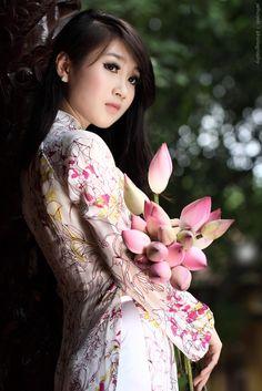 #ao dai http://viaggi.asiatica.com/