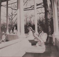 Grand Duchesses Olga, Maria and Anastasia painting at Livadia: c. 1907