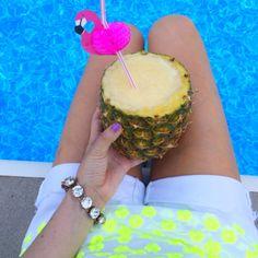 Mmmm pineapple drink for that hot summer day! #summerlove #summer