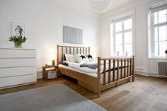 Simple, cheap, straightforward bedroom. I like.