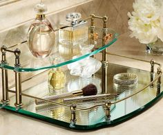This tray is impressively sized, beautifully detailed, and expertly coordinated.