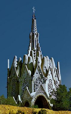 In Catalonia, stands a most unusual church building, designed by Josep Maria Jujol i Gibert (who worked with Gaudi on many projects) :
