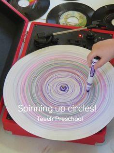 Spinning up circles by Teach Preschool art stuff, circles preschool, spin circl, teach preschool, idea creativa