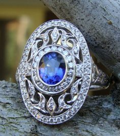 Sapphire, diamond and 18kt white gold Art Deco ring
