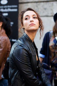 face, fashion weeks, earring pull, leather jackets, accessories, black, eyes, earrings, boyfriends