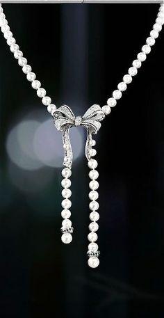 Chanel diamonds, pearls  elfsacks