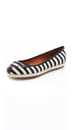 Marc by Marc Jacobs. I need a pair of these!