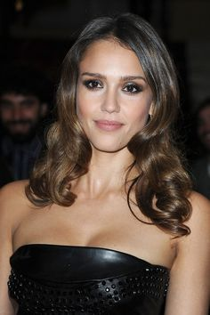 Jessica Alba Long Curls