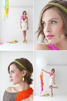 Esta novia se animó a incluir varios detalles en neón - Ideas y decoración en #novia con detalles en neón #bride