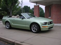 DREAM CAR!! but can that green be just a little bit more obnoxious ;) thanks green mustang, 2006 mustang, mustangs, favorit car, colors, lime green, mustang convert, dream car, limes