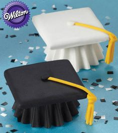 Graduation cupcakes from @Wilton Cake Decorating Cake Decorating Cake Decorating Cake Decorating - Perfect for your #grad party