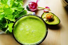 Morning Alkalizer -- great fresh green smoothie with coconut water and avocado. Enjoy this as-is for Phase 3, or add the optional kiwi or pear for Maintenance.