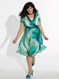 cute vestido para gordinhas estampado  ----------------------------------------- http://www.vestidosonline.com.br/modelos-de-vestidos/vestidos-gordinhas