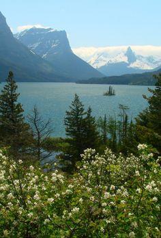 lake + mountains.