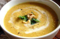 How to Make Curried Paleo Cauliflower Soup | Paleo Grubs