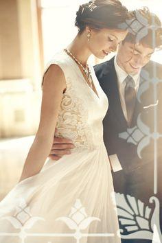 Gorgeous wedding gown http://rstyle.me/n/eeg26nyg6