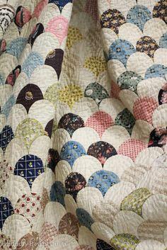 vintage quilts, clamshel quilt, antique quilts, basket quilt, clam shell, clamshell quilt, quilt blog, laundry baskets, laundri basket