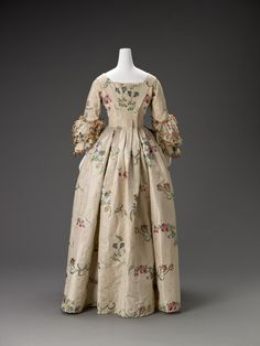 """Unknown artist (English), """"Dress,"""" about 1750; Indianapolis Museum of Art, Mr. and Mrs. William R. Spurlock Fund, 1988.5"""