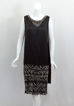 Egyptian Revival Dress    1920s    Vintage Textile