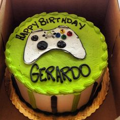 Xbox cake! side stripes idea for DQ cake - colors