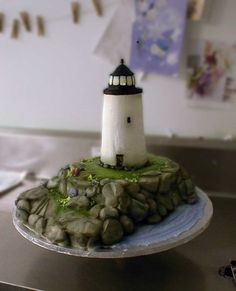 lighthouse cake - it's amazing what you can do with frosting