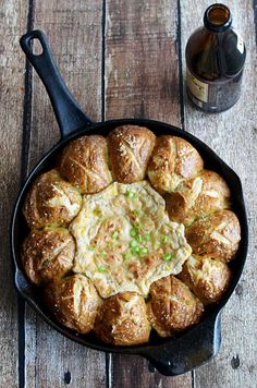 Pull-Apart Pretzel Skillet with Beer Cheese Dip cheese dips, chees dip, crab dip, cheese bread, pullapart pretzel, football parties, pretzel skillet