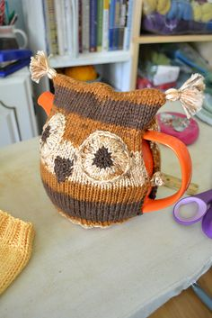 Ravelry: #41 Owl Tea Cozy pattern by Susan B. Anderson