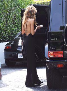 backless dress