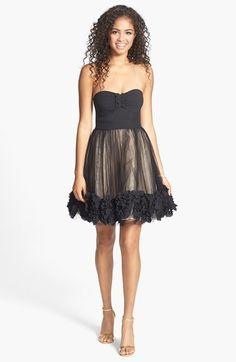 Cute ruffle trim party dress!!