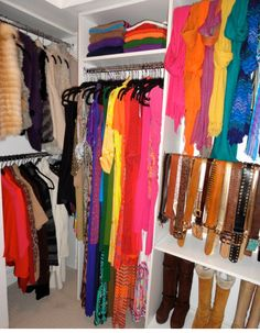 How to Organize Your Cluttered Closet! | ModernMom.com