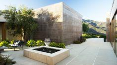 contemporary patio//santa barbara