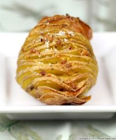 Hasselback potatoes are a variation on roasted potatoes. The potatoes have a crispy outer skin with a delicious, soft inside. The cooking technique isn\t different from common baked potatoes, with the exception of being thinly sliced into an accordion shape.A blend of butter and garlic creates a crunchy outer crust that is perfectly seasoned. To guarantee that the potatoes are cooked through, I parboiled them for a few minutes, cut them into a fan shape, dried them in the oven, then smeare