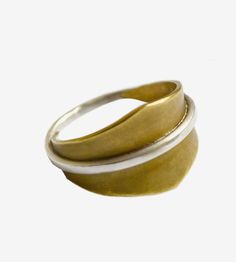 silver banded ring