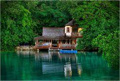 GOLDENEYE RESORT | JAMAICA