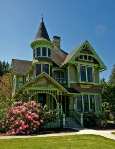 The Castle, Drain, Oregon  Queen Anne architecture this was the home of Charles Drain