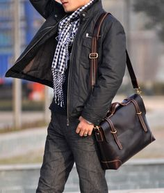 Handmade Genuine Leather Briefcase Messenger Laptop Bag for Gentlemen