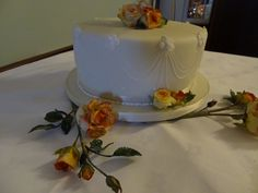 Wired Kenyan roses for a wedding cake