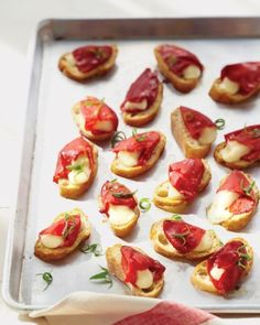 20+ last-minute appetizer ideas. I'm not sure how many of these you can make last-minute, especially if you're cooking for a large group. But they look delicious!