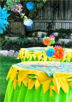 fiesta party, fiesta forti, tablecloth, birthday parties, table covers, paper flowers, table scapes, bright colors, cinco de mayo
