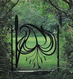modern gardens, metal, interior garden, garden gates, door, garden design ideas, modern garden design, iron, organ gate