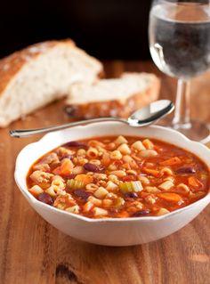Olive Garden Pasta e Fagioli Soup....