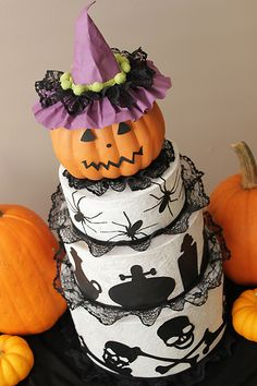 Juliana Michaels-Halloween Centerpiece