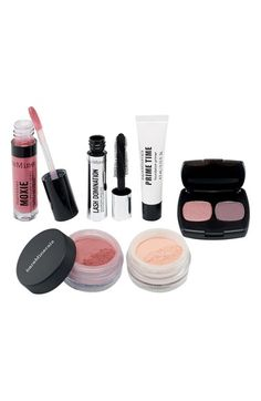 Love the 'Greatest Performers' set from BareMinerals.