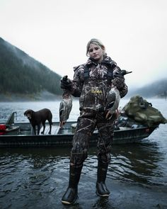 could this be the girl of my dreams?!?! duck whacker, dogs, dreams, duck hunt, boats, backgrounds, hunting, blog, countri girl