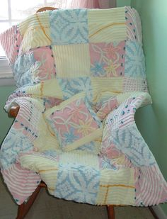 chenille quilt  what a great idea for a baby gift  Love this quilt--maybe boy colors?
