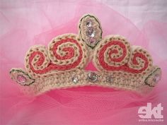 Tiara de Princesa by erika.tricroche, via Flickr