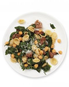 We Can't Stop Making Chickpea, Kale, and Sausage Pasta! | In The Pantry - Yahoo Shine