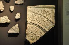Stone fragment found near Hulda gate to Temple Mount