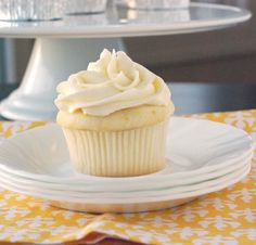 Lemon Cupcakes with Fluffy Vanilla Frosting
