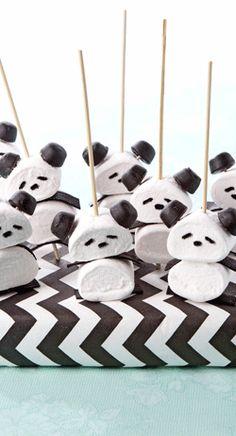 Beregoed, deze lekkere traktatie met pandabeertjes! > http://www.flairathome.nl/zelfmaken/traktatie-pandabeertjes/ pandabeertj, tractati